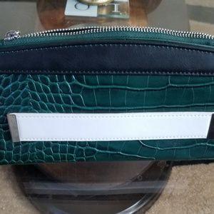 Accessories - Green Croc wallet